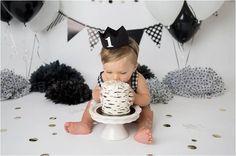 Black and White Studio Cake Smash - Shannon Lee Photography Baby 1st Birthday, First Birthday Photos, First Birthday Cakes, Birthday Pictures, 1st Birthday Parties, Birthday Ideas, 1st Year Cake, Baby Girl Cakes, Cake Baby