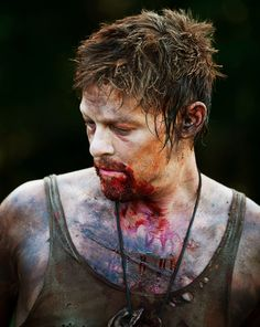 Daryl Dixon... why.. why... wait.. why are you bloody on the mouth? D': Please don't tell me!!!! :(