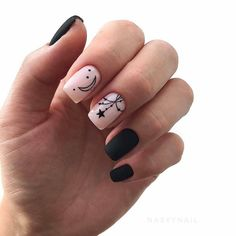 Best 50 Nail Art That You Should Try In We have compiled a listing of a number of the foremost Happy Nails, Fun Nails, Stylish Nails, Trendy Nails, Nail Drawing, Classic Nails, Nails First, Super Nails, Black Nails