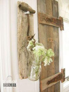 Use antique farmhouse tools as rustic wall decor http://www.hometalk.com/l/nvP