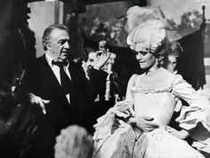 Directed by Federico Fellini. With Donald Sutherland, Tina Aumont, Cicely Browne, Carmen Scarpitta. Casanova is a libertine, collecting seductions and sexual feats. But he is really interested in someone, and is he really an interesting person ? Is he really alive ?