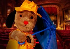 Sweep modelling the recommended dress code for a Sooty live show. Baby Memories, Childhood Memories, Durham Museum, Unusual Animals, Kids Tv, Kids Shows, Classic Tv, Toys Photography, Old Toys