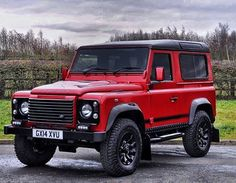 Bespoke 90 GT finished in Firenze Red out for Delivery today. Be inspired.Be bespoke. Harrogate/Yorkshire/England #alloys #british #bilstein #bfgoodrich #car #classy #cool #defender #defender90 #defender110 #defender130 #england #harrogate #hypebeast #Hibernot #instacar #instacool #instagram #landy #mayfair #overfinch #awesome #recaro #rangerover #svr #london #uae #vipcars #offroad #4x4