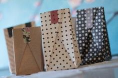 Origami gift bags! (Directions in French when you follow the link, but it has super easy instructions!)