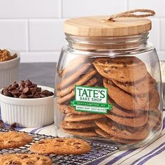 Cookie Jar Maine Maineiac Chocolate With Vanilla Whoopies Dozen  Pinterest