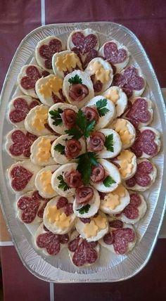 Iti poti impresiona musafirii cu cele mai frumoase 106 de idei pentru a realiza un delicios aperitiv. ♦๏~✿✿✿~☼๏♥๏花✨✿写☆☀🌸🌿🎄🎄🎄❁~⊱✿ღ~❥༺♡༻🌺<SA Feb ♥⛩⚘☮️ ❋