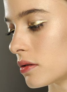 Predicting gold metallic eyeshadow being a big beauty look for #aw14 #beauty trends