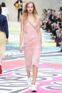 Burberry Prorsum Ready To Wear Spring Summer 2015 London