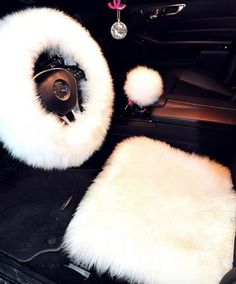 Shipping: Can take up to 20 business days - 1 Piece steering wheel cover included Real fur ~Visit our Return Policy & Shipping Policy ~See Contact for questions ~ SEE MEASURING CHART - Measuring Chart
