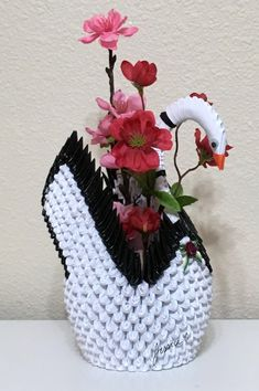 3D Origami Black rim white swan with pink flower