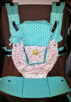 Hi everyone! I don't know about you, but when I first started out sewing baby carrier accessories and was determined to make a bib or headrest cover and suck pads for my Lillebaby, I searched…