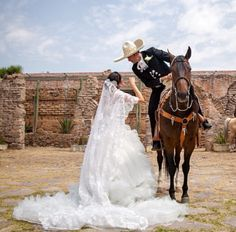 My wedding ♡ Wedding 2017, Wedding Goals, Chic Wedding, Wedding Pictures, Dream Wedding, Horse Wedding, Mariachi Wedding, Charro Wedding, Mexican Wedding Invitations