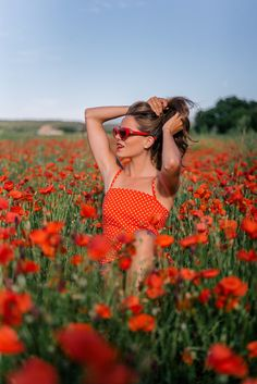 Gal Meets Glam Poppy Fields in France - Urban Outfitters dress