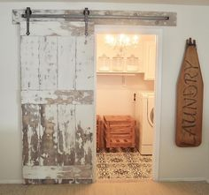 40 Stunning Rustic Functional Laundry Room Ideas Best For Farmhouse Home Design - Dekoration Rustic Laundry Rooms, Laundry Room Doors, Farmhouse Laundry Room, Laundry Room Design, Farmhouse Decor, Farmhouse Design, Modern Farmhouse, Farmhouse Remodel, Laundry Area