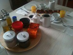 Desayuno con picatostes http://www.fogonesfacilones.com/2011/01/picatostes-desayuno-la-menara.html
