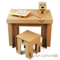 Table and stool produced in cardboard by Cartonlab. #cardboardtable #tabledesign #tabledesignideas