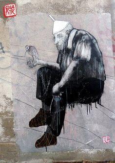 saint etienne, 2011. Ella & Pitr Street Artists