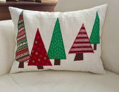 Christmas pillows/Five Trees Christmas linen pillow cover, fodera cuscini, cucito creativo Christmas Applique, Christmas Sewing, Christmas Fabric, Christmas Decor, Etsy Christmas, Handmade Christmas, Holiday Decor, Xmas, Christmas Cushions