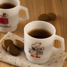 Fire-King - would love these Snoopy mugs