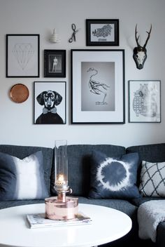 Gallery wall frames, frames on wall, gallery walls, living room update, diy Inspiration Wand, Decoration Inspiration, Interior Inspiration, Interior Design Help, Interior Decorating, Home Decor Wall Art, Room Decor, Interior Design Living Room, Living Room Designs