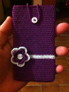 Funda a crochet para celular