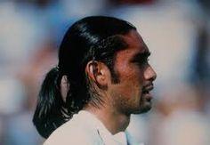 Marcelo Rios chiede all´ITF il titolo dell´Australian Open 1998 Round Sunglasses, Mirrored Sunglasses, Mens Sunglasses, Marcelo Rios, Australian Open, Wimbledon, Bicycle Kick, Tennis, Sports