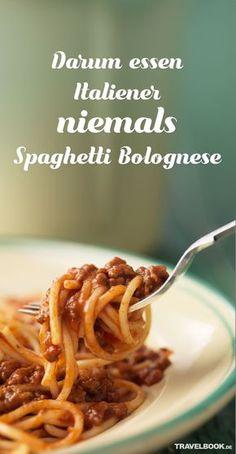 Spaghetti Bolognese sind, gleich nach Pizza, das wohl beliebteste italienische Pastagericht der Deutschen und vieler anderer Nationen. Aber wussten Sie, dass in Italien Spaghetti Bolognese niemals auf den Tisch kommen? TRAVELBOOK erklärt, warum.