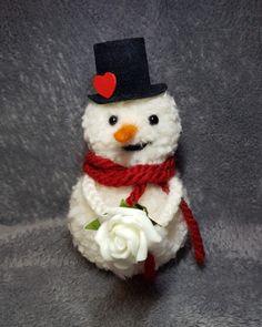 Pom pom snowman Handcraft