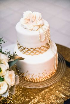 Light pink and gold cake!