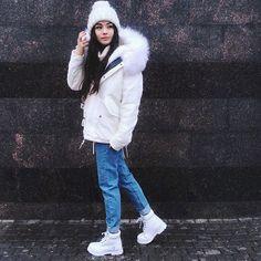@diana_korkunova media (Nov 22 2015)  has 3089 likes and 13 comments