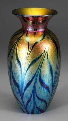 33: Lundberg art glass vase, : Lot 33