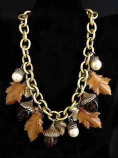 Vintage Les Bernard necklace lucite leaves acorns pearls Autumn