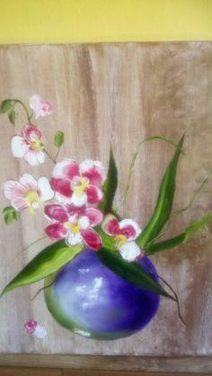 Glass Vase, Home Decor, Flowers, Homemade Home Decor, Decoration Home, Interior Decorating