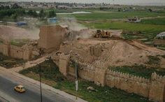 ERBIL, Kurdistan Region - Islamic State social media accounts have recently released photos purportedly showing the destruction of the ancient Assyrian Adad Mashki Gate and a large portion of Nineveh's fortification wall.   The Gate of Mashki was built during the era of the Assyrian King ...