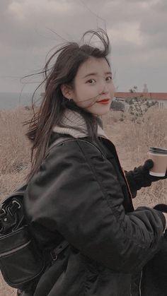 IU new style black haircuts - Black Haircut Styles Korean Star, Korean Girl, Asian Girl, Kpop Aesthetic, Aesthetic Girl, Korean Actresses, Korean Actors, Black Haircut Styles, Iu Fashion