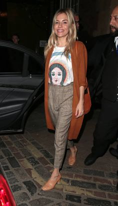 Sienna Miller leaving Apollo Theatre after her performance in 'Cat on a Hot Tin Roof' on October 2 2017 in London England
