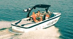 New 2012 Moomba Boats Mobius XLV Ski and Wakeboard Boat Photos- iboats.com
