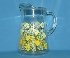Vintage Yellow Daisies Glass Water Pitcher with Ice Lip RETRO                 BR