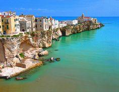 Edge of the Sea, Puglia, Italy  photo via nothing
