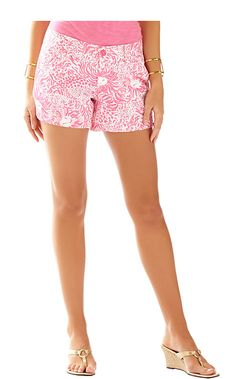 1ca60fe72cbc3a Lilly Pulitzer 5 Inch Callahan Short in Resort White Get Spotted Small- Top  Rated!