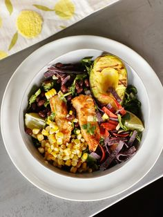 Girls Guide to Grilling: Grilled Chicken Southwest Salad - Living in Yellow Pasta Recipes, Chicken Recipes, Dinner Recipes, Lasagna Recipes, Lentil Recipes, Oven Recipes, Salmon Recipes, Turkey Recipes, Fish Recipes