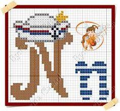 Boa sexta-feira!  Hoje o Mickey resolveu navegar por essas bandas    Aqui o gráfico     E aqui o monograma da minha fadinha amiga Carina ... Graph Paper Art, Cross Stitch Alphabet, Hama Beads, Smurfs, Projects To Try, Kids Rugs, Embroidery, Crafts, Lany