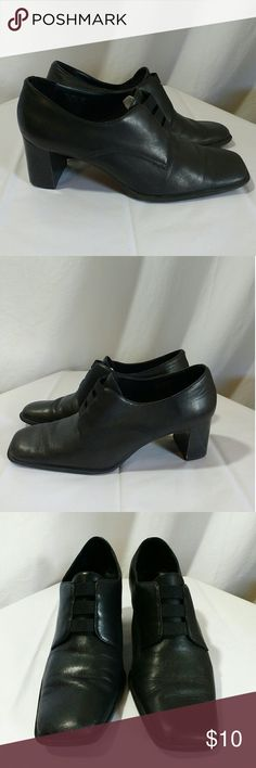 Aerosoles Black Leather Heels, Wardrobe Essential Excellent Pre-Owned Condition, Solid & Clean Black Leather Shoes by Aerosoles. AEROSOLES Shoes Heels