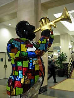 artist Niki de Saint Phalle - The Louis Armstrong sculpture