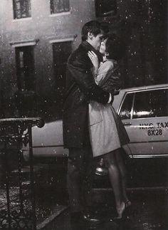 Beijo na chuva.