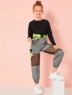 To find out about the Girls Neon Buckle Mesh Insert Wind Pants at SHEIN, part of our latest Girls Pants & Leggings ready to shop online today! Cute Lazy Outfits, Teenage Girl Outfits, Girls Fashion Clothes, Dresses Kids Girl, Kids Outfits Girls, Tween Fashion, Sporty Outfits, Girls Pants, Teen Fashion Outfits