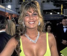 Pin for Later: The Most Iconic Oscars Beauty Missteps of All Time Daisy Fuentes, 1996 When your dress is as bright as Daisy Fuentes's, it's best to stay away from pastel makeup.