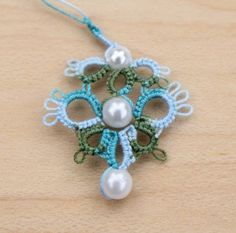 Crown Hill: Show and Tell: Tatting