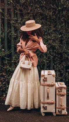 Preppy Outfits, Spring Outfits, Vintage Luggage, Thing 1, Black Girl Aesthetic, Black Girl Magic, Vintage Inspired, Vintage Fashion, Vintage Style
