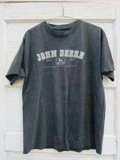 "90's Grey John Deere ""Transforming the American Farm"" T-Shirt, L"